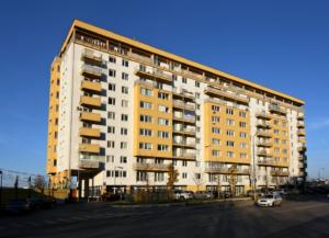 pohľad od ZŠ na Budatínskej ulici